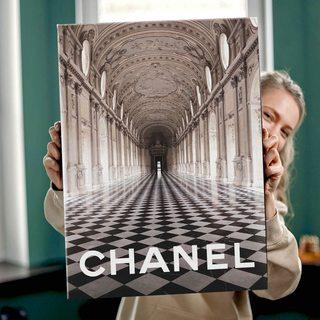 Картина Chanel